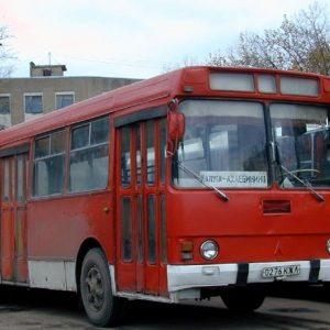 Стекло лобовое для автобусов ЛАЗ 4202
