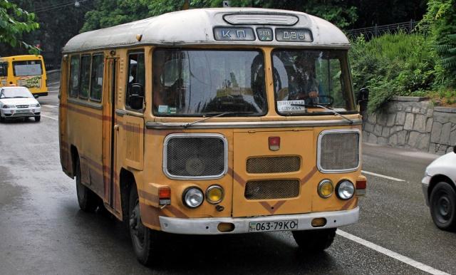 Стекло лобовое для автобусов ПАЗ 672