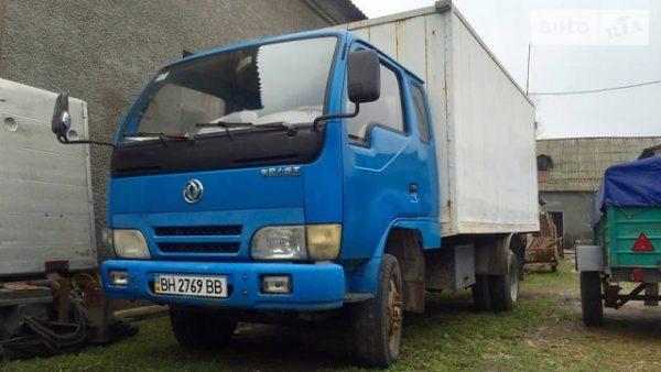 Стекло лобовое для грузовика Dong Feng 1032,1044, DF 20, 25, 30