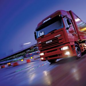 Стекло лобовое для грузовика Iveco Eurostar