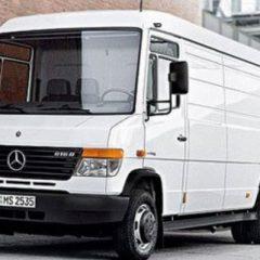 Стекло лобовое для грузовика Mercedes 812, 813, 814