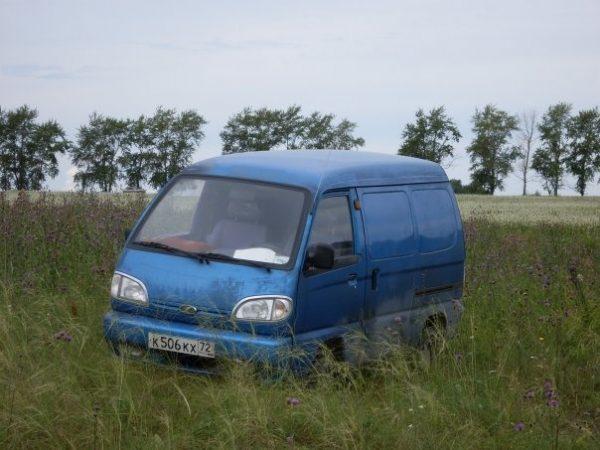 Стекло лобовое для микроавтобусов FAW 1010, 6371