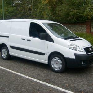 Стекло лобовое для микроавтобусов Fiat Scudo (2007)