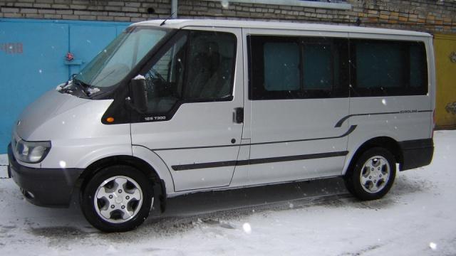 Стекло лобовое для микроавтобусов Ford Transit T-16