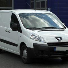 Стекло лобовое для микроавтобусов Peugeot Expert (2007)
